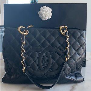 Chanel GST Caviar bag